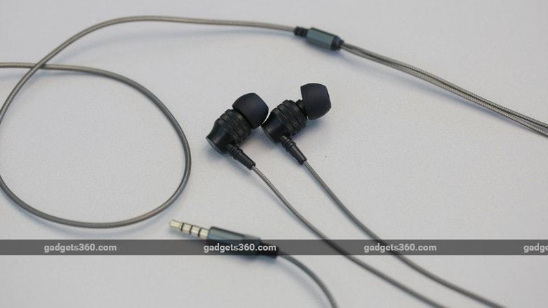 Evidson AudioWear Z4 angle ndtv evidson