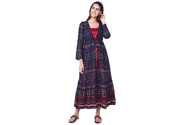 1301059bea98 12 Stylish Dresses For Ethnic Look on Diwali Festival