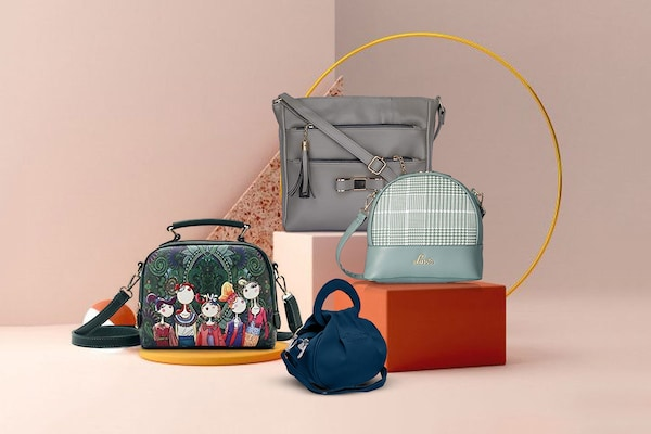 Best Sling Bags For Women: A Trendy Pick For Every Outfit!