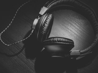 Hackers Could Use Your Headphones to Eavesdrop on You