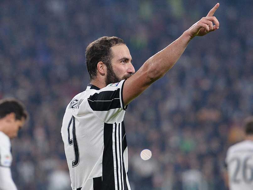 Gonzalo Higuain Smashes Juventus Winner Over Old Club Napoli
