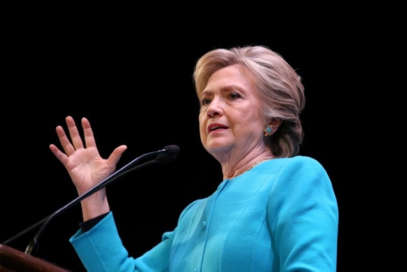 Tim Cook, Bill Gates Were Considered for Hillary Clinton Vice Presidential Nominees, Show Hacked Emails