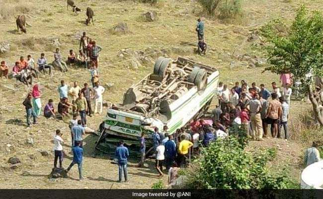 Road accidents claim 25 lives in Himachal, Tamil Nadu