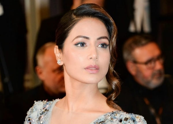 Hina Khan Cannes Makeup Decoded 1558942791764