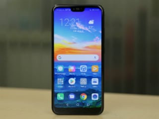 Honor 10, Honor Play Receiving Android Pie-Based EMUI 9.0 Update in India