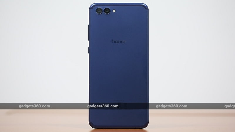 Honor View 10 Back Honor View 10 Review