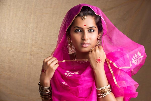 How To Wear A Saree: Different Draping Ways