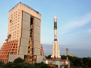Isro Successfully Launches Insat-3DR Advanced Weather Satellite