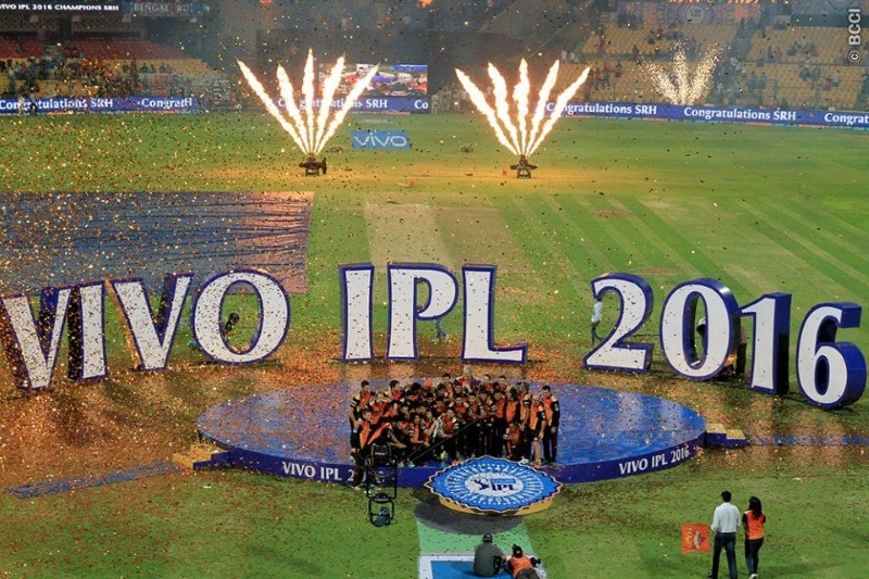 Amazon, Facebook Said to Join Race for Indian Premier League Streaming Rights