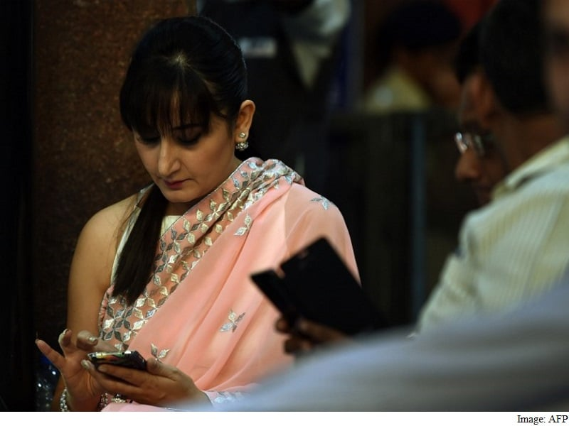 Government Mandates Indian Language Support on All Phones Sold From July 2017