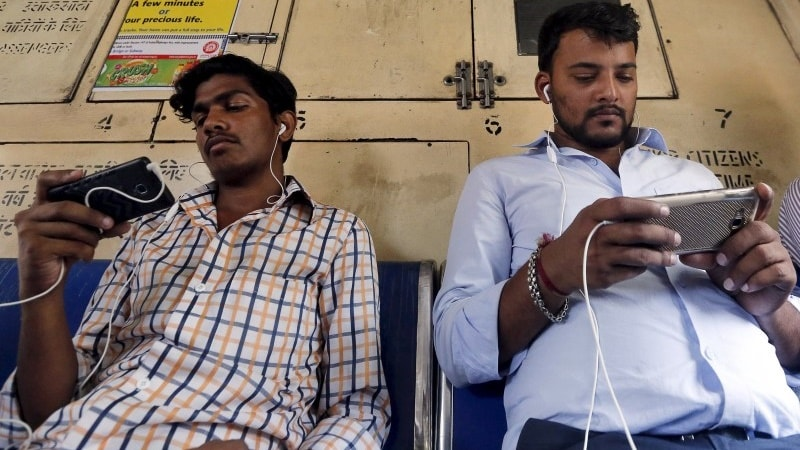 Porn Rules as Patna Logs Online via Free Wi-Fi at Railway Station
