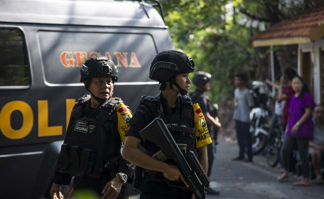 At Least Nobody Was Killed It Was No >> 11 Killed Dozens Injured After A Wave Of Blasts Strike Indonesia S