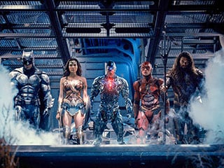 Justice League Is DC Trying to Service Every Kind of Fan, and Failing