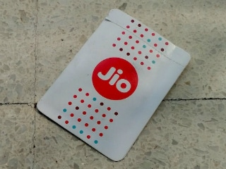 Reliance Jio Now Disconnecting Numbers That Haven't Been Recharged; Dhan Dhana Dhan Offer Still Available