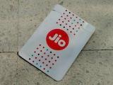 Reliance Jio नंबर रीचार्ज करने पर यहां से पा सकते हैं कैशबैक