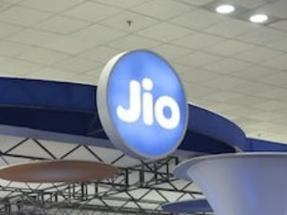 Can You Guess How Much Data Jio Subscribers Use Every Month?
