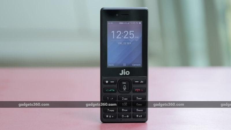 Jio Phone First Impressions: Meet the Smart Feature Phone
