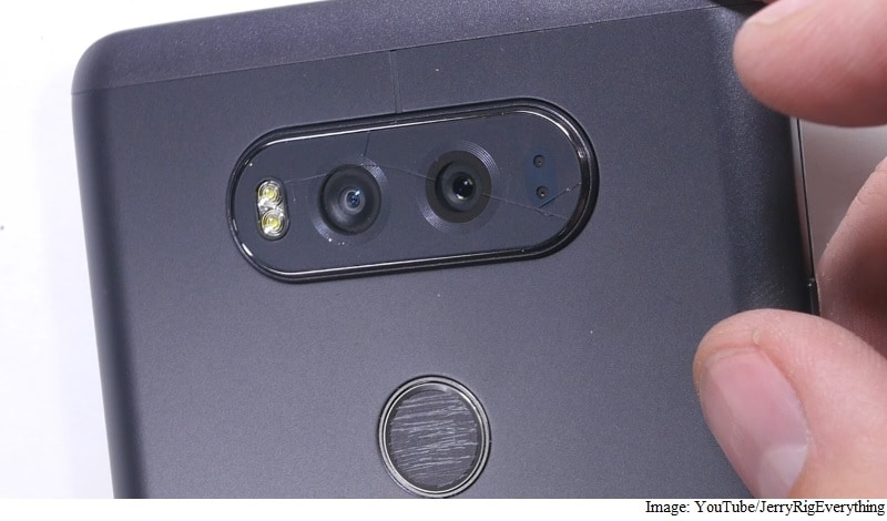 LG V20 Smartphone's Rear Camera Glass Shatters Easily, Claim Some Users
