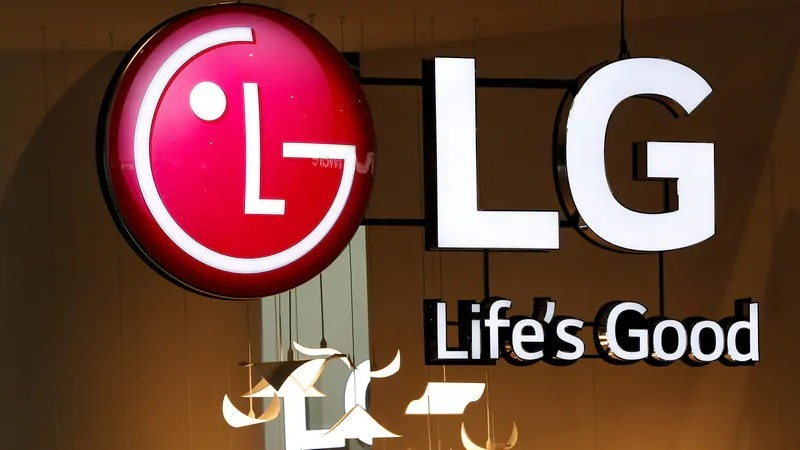 LG MWC 2019 plans could include folding two-screen smartphone