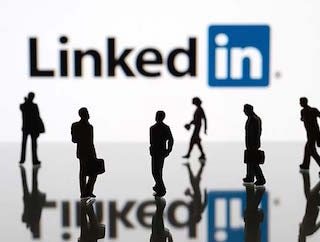 LinkedIn CEO Meets HRD Minister Prakash Javadekar to Discuss Education Sector