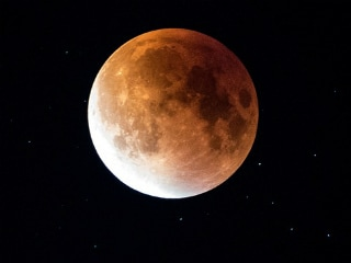 Lunar Eclipse 2019: When and How to Watch Super Blood Wolf Full Moon