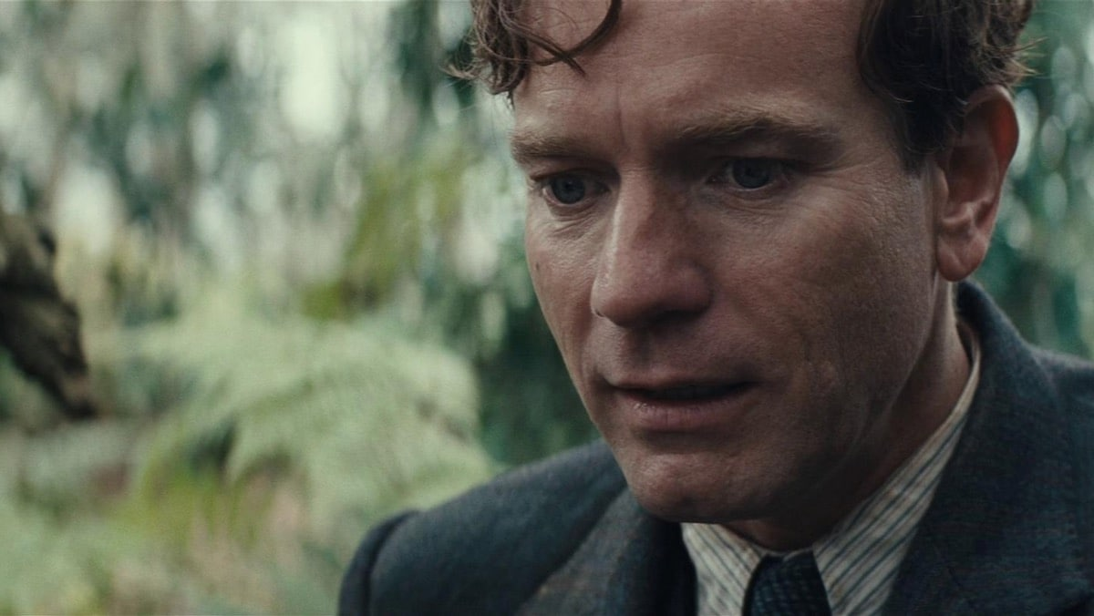 Birds of Prey Star Ewan McGregor Says 'Feminist' DC Movie Takes 'A Real Look at Misogyny'