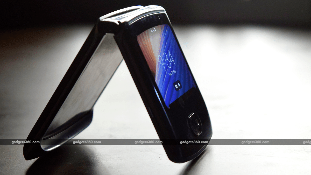 Moto Razr 5G First Impressions: Do a Glass Body and Powerful Specs Give This Razr an Edge Over Other Foldables?