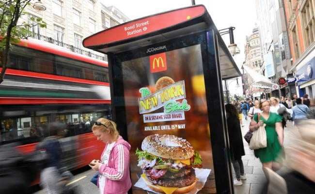 """food advertising and child obesity """"we can't ignore the role of junk food advertising in childhood obesity,"""" he says """"kids exposed to junk food ads are more likely to eat junk food they not only pester their parents to buy unhealthy snacks but use their own pocket money to buy junk food they've seen advertised""""."""