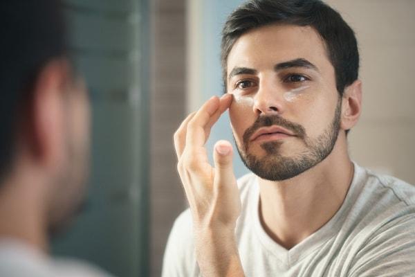 Makeup Guide For Men: Make Your Next Vlog A Superhit