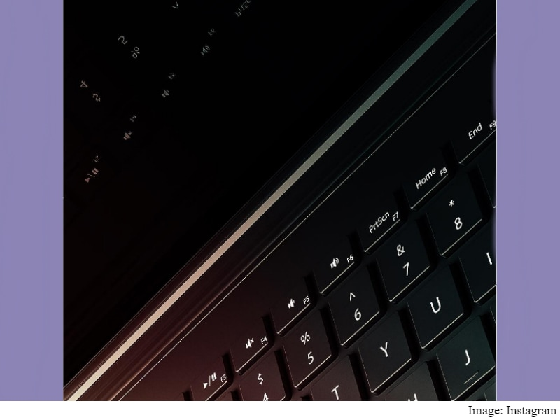 Microsoft Hints at New Hinge Design for Surface Book 2