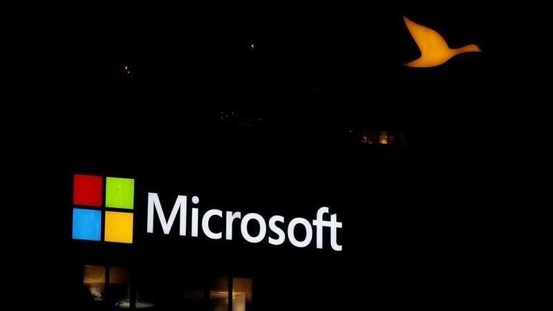 Microsoft Sales, Profit Top Estimates as Cloud Demand Soars