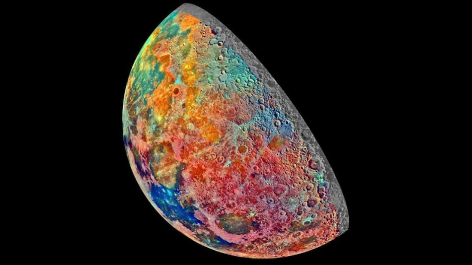 Never Before Did the Moon Look This Beautiful. Here's NASA's Latest Photo