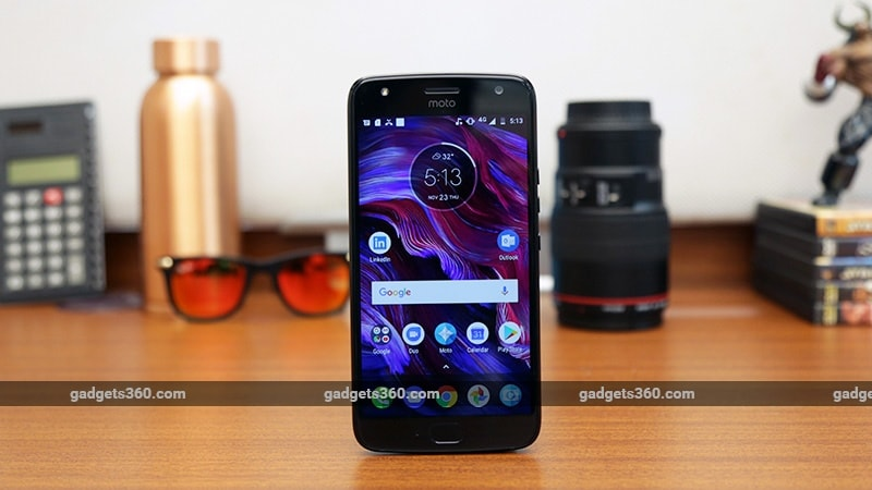 Android 8.0 Oreo rolling out to Moto Z2 Force on T