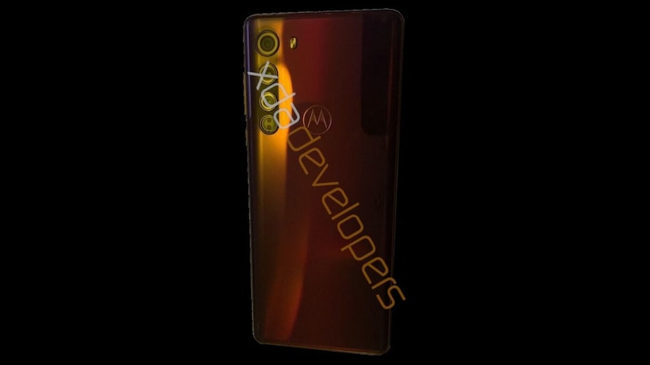 Motorola Edge to Sport 64-Megapixel Triple Rear Camera Setup, Snapdragon 765 SoC, New Leak Tips