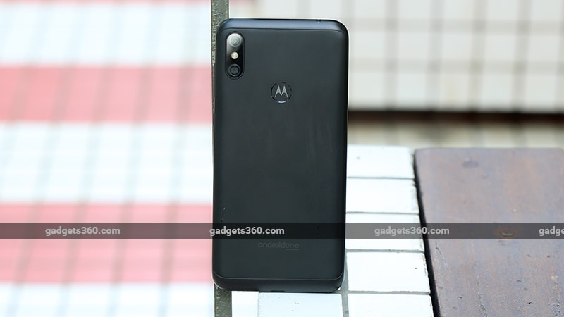 Motorola One Power Back Motorola One Power Review