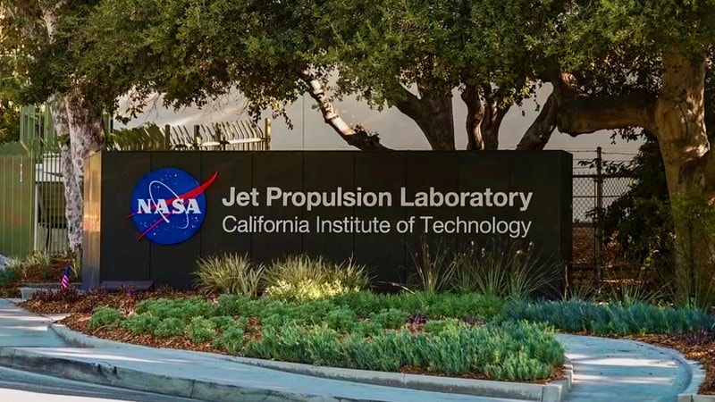NASA to Partner With 10 Startups on New Space Tech