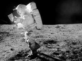 The Moon Gets a Facelift Every 81,000 Years, Study Finds