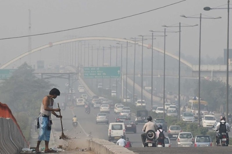 Air Pollution in Delhi: Apps, Websites, and Gadgets to Monitor Air Quality