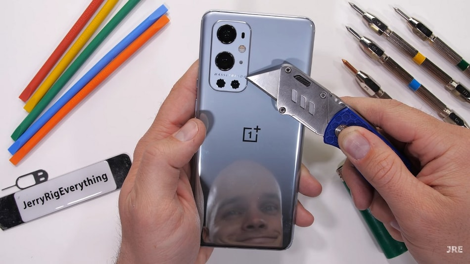 OnePlus 9 Pro Survives JerryRigEverything Durability Tests