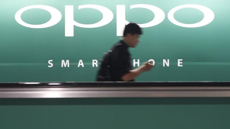 Oppo Uses Sales Rep Army, Ad Blitz to Leapfrog Over Smartphone Rivals