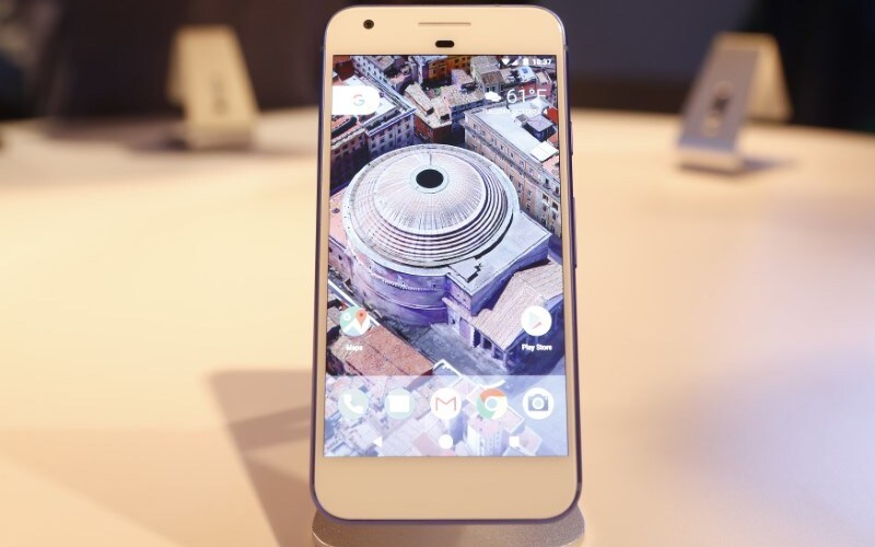 Google Pixel Phones Get New Android 7.1.1 Build to Fix LTE Connectivity Issues; Camera App Revamped for Nexus Devices