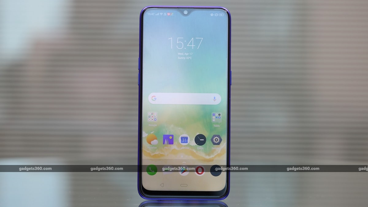 Realme 3 Pro Now on Sale via Offline Retailers in India: Price, Specifications