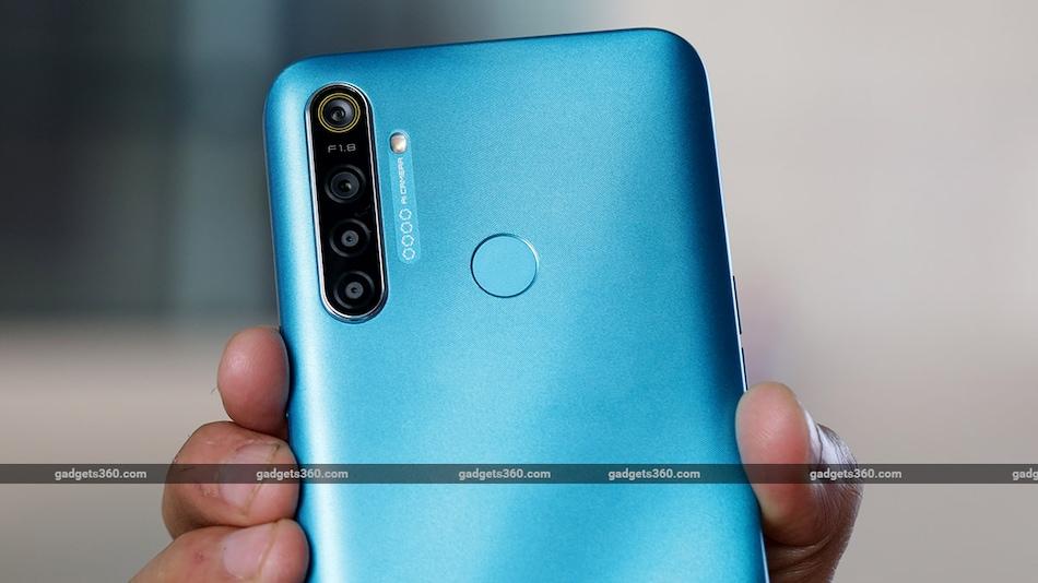 Realme 5i, Samsung Galaxy M30, Redmi 8: 10,000 रुपये में मिलने वाले बेस्ट स्मार्टफोन (अप्रैल 2020)