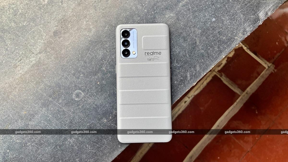 Realme GT Master Edition back design ndtv RealmeGT RealmeGTMasterEdition Realme