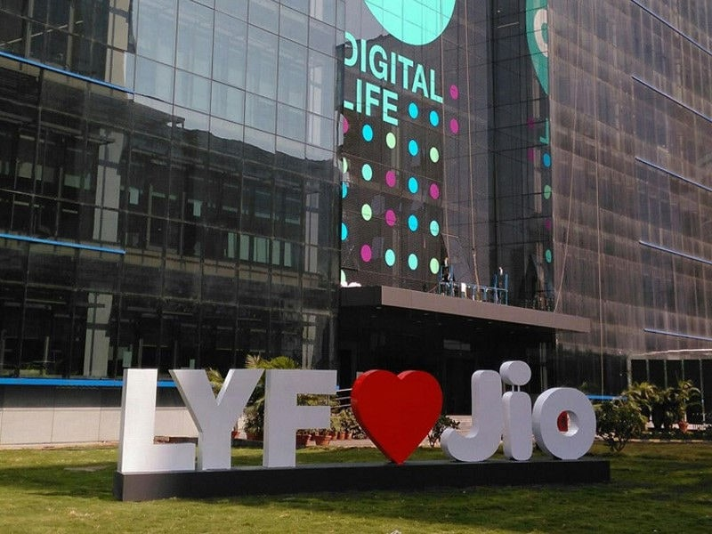Reliance Jio Gives 20 Percent More Free Data on Buying Select Lyf Phones
