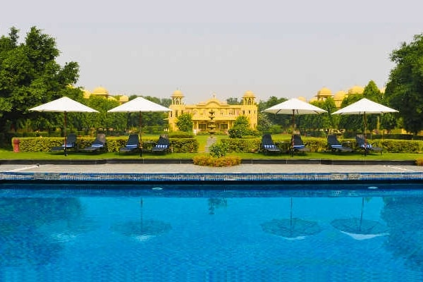 Resorts You Must Visit For Your Weekend Gateway from Delhi To Breath Fresh Air