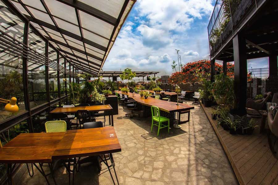 Best Eat Outs in Bangalore you Have to Try!