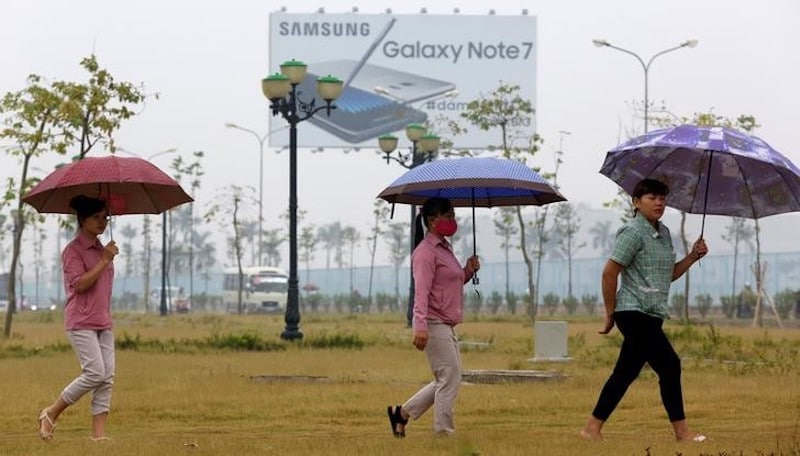 In Samsung's Town in Vietnam, Workers Confident of Riding Out Galaxy Note 7 Storm