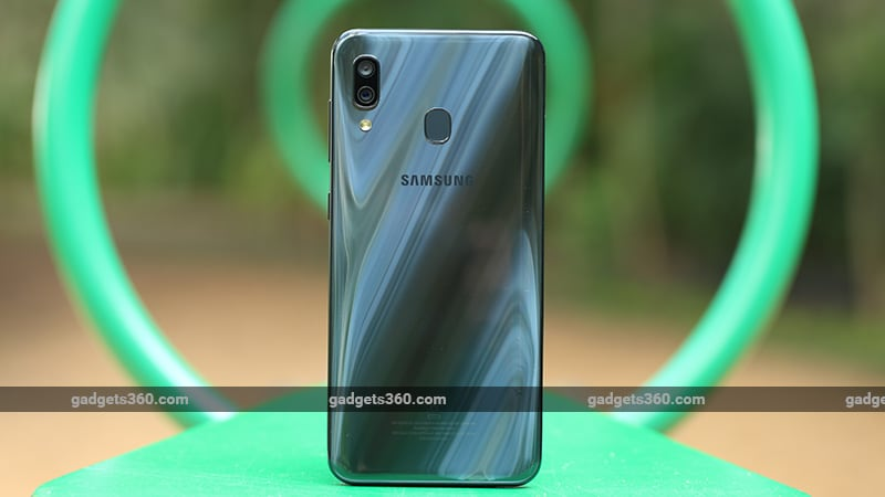 Samsung Galaxy A30 back ndtv samsung
