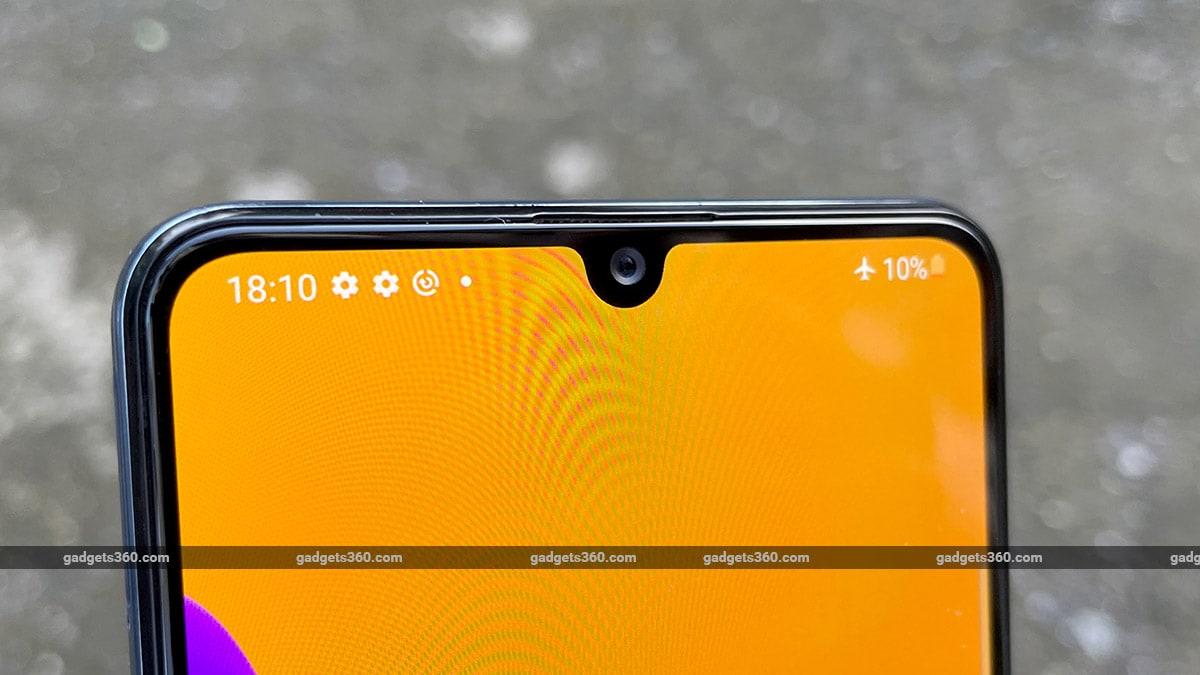 Samsung Galaxy M32 dewdrop gadgets360 Samsung Galaxy M32 Review